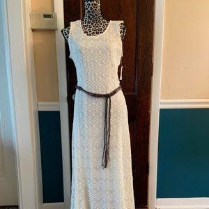 Maxi dress w/belt and Franco Sarto wedges